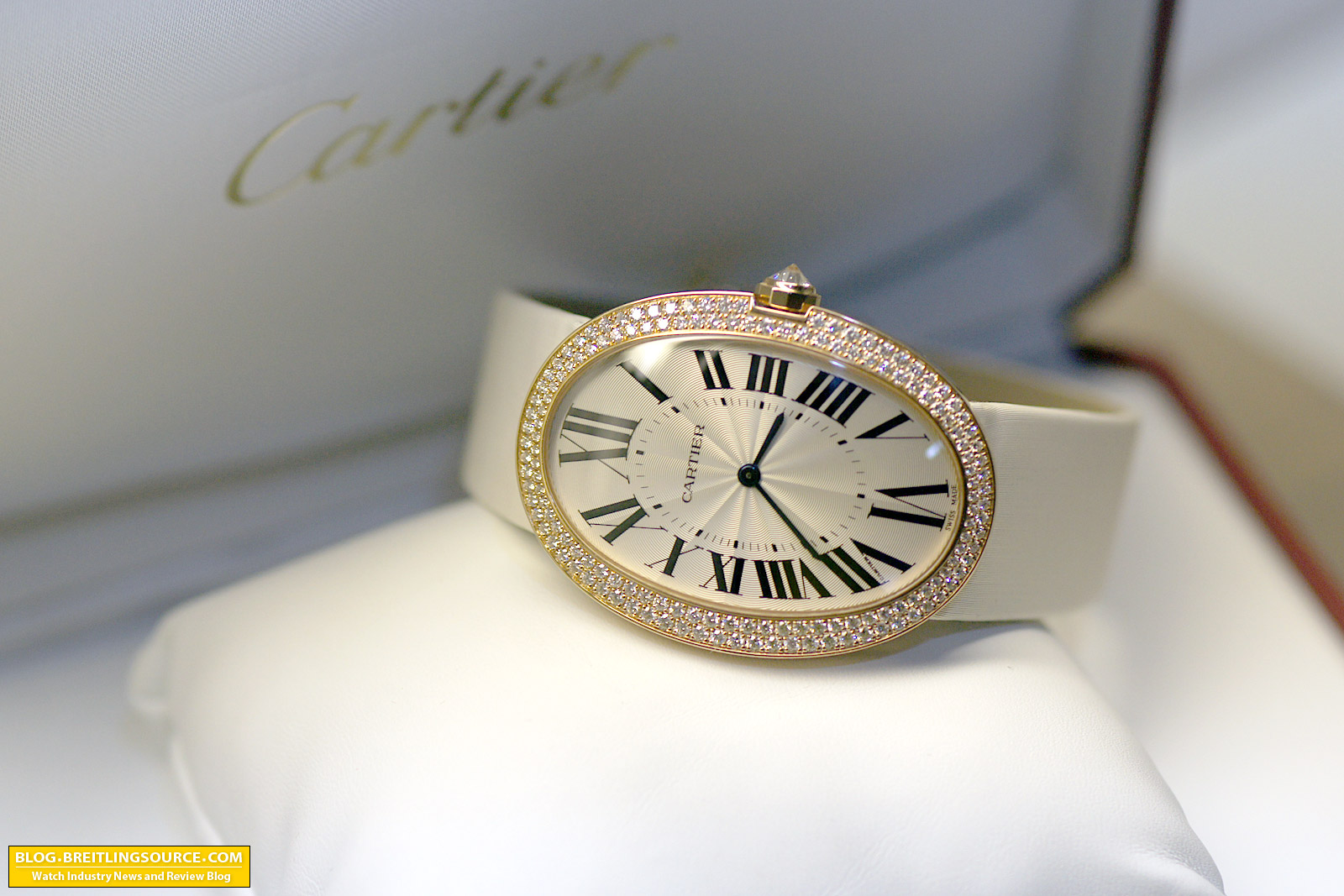 the breitling watch blog cartier large baignoire ladies. Black Bedroom Furniture Sets. Home Design Ideas