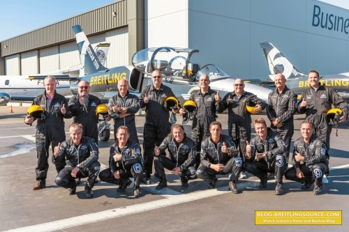 asset-version-53d46e8f7e-breitling_jet_team_bentley_seattl_001